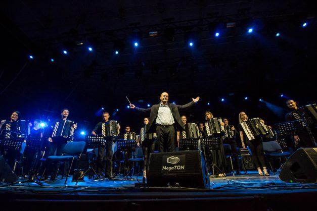 Akordeonisti nastupaju sa Vlatkom Stefanovskim u Kolarcu